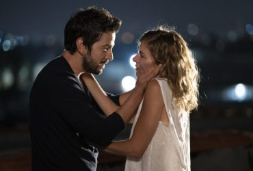Wander Darkly Detailed Review: Sienna Miller and Diego Luna are Just Exceptional in the Movie
